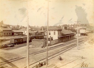 Original Michigan Central Railroad, 1886, Ann Arbor, Michigan photograph collection), courtesy, Bentley Historical Library, University of Michigan.